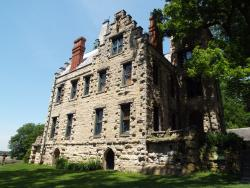 Mac-A-Cheek (Piatt) Castle