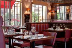 Salle restaurant Café Lavinal