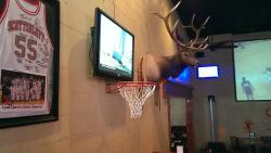 Backarack's Sports Bar & Grill