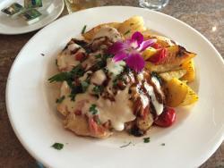 Adelphia Restaurant & Lounge