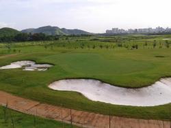 Kharghar Valley Golf Course