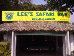 ‪Lee's Safari Bar & Restaurant‬