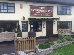 ‪The Horseshoes Inn‬