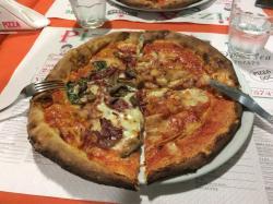 Pizza sotto Pizza