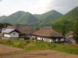 Maezawa Magariya Shuraku