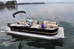 Chiefs Pontoon Boat Rentals