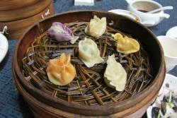Tang GeWu He JiaoZi Yan