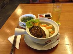 The Gioi Com Tay Cam Restaurant