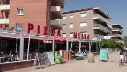 Pizza X Metro