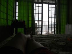 Descansando y refrescandome desde la habitacion