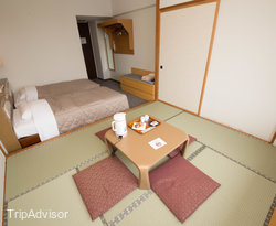 The Western Japanese Combination Room at the Madarao Kogen Hotel