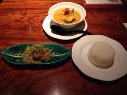 Thai Cuisine Khuanjai Umeda