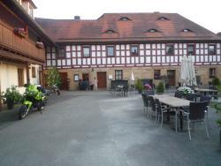Rot. Restaurant Und Hotel GmbH