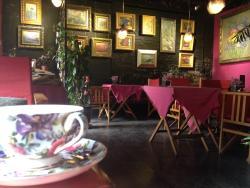 Yiran Studio & Coffee