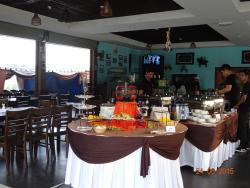 Bukit Restaurant & Cafe