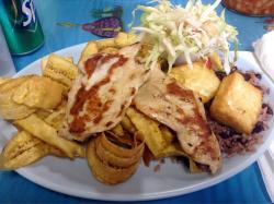 La 27th Restaurante Nicaraguense