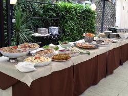 Marilyn Aperitif&Food