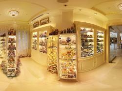 Shop Hermitage