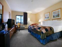 Baymont Inn & Suites Champaign