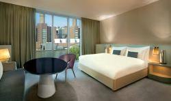 Guest Room (137616349)