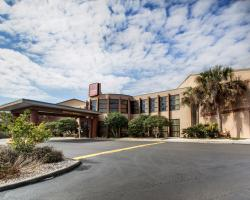Baymont Inn & Suites Laurel