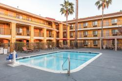 Comfort Inn and Suites Rancho Cordova
