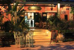 Hemingway Bar & Restaurant
