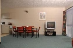 Ellerslie Palms Motel