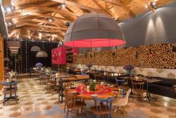 Restaurante LUM en Hotel b¨o