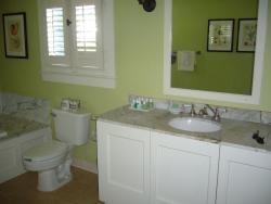 Bathroom in Crane Cottage
