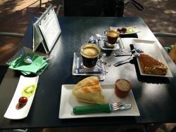 Isolde cafe