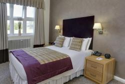 Standard West Wing bedroom