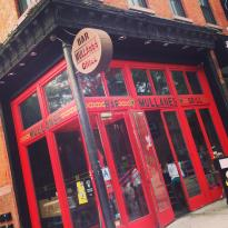 Mullanes Bar & Grill
