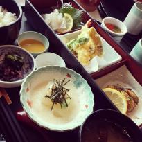 Miyajima Sa Kudarisen Restaurant Iso Momiji