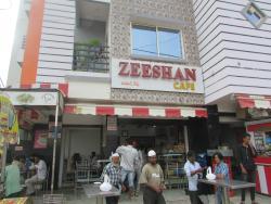 Zeeshan Cafe & Bakery