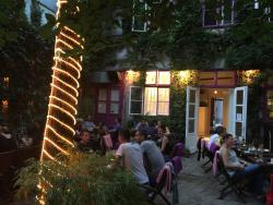 Cafe Willendorf