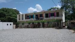 La Plaza Leche & Miel