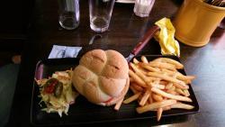 Hamburger + fries...