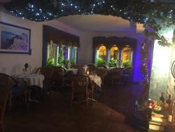 El Mirador Greek Taverna