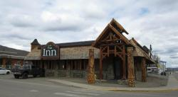 Pinecone Inn & Suites