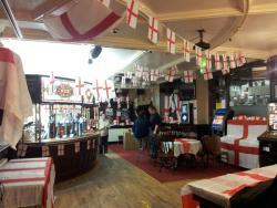 Macies Bar