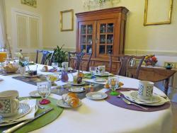 Hotel de Sainte Croix, Bayeux - breakfast room
