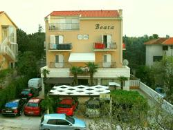 Apartments and Rooms Beata