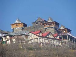 Lankra Veer Temple