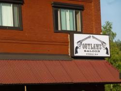 ‪Outlaws Saloon‬