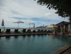 酒店泳池景觀很好
