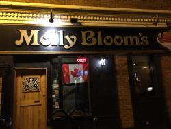 ‪Molly Bloom's Irish Pub‬