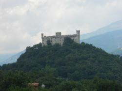 Castello di Montalto Dora