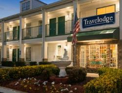 Travelodge Commerce by Tanger Outlets