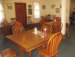 Kettle Falls Hotel Dining